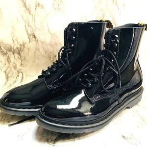 Dr. Martens Pascal Stud Ankle Boot W:11/M:10